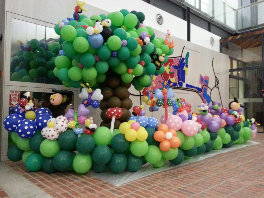 Party Decorations & Balloons